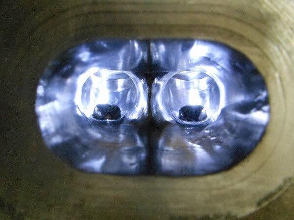 排気ポート 妥協した鏡面加工
