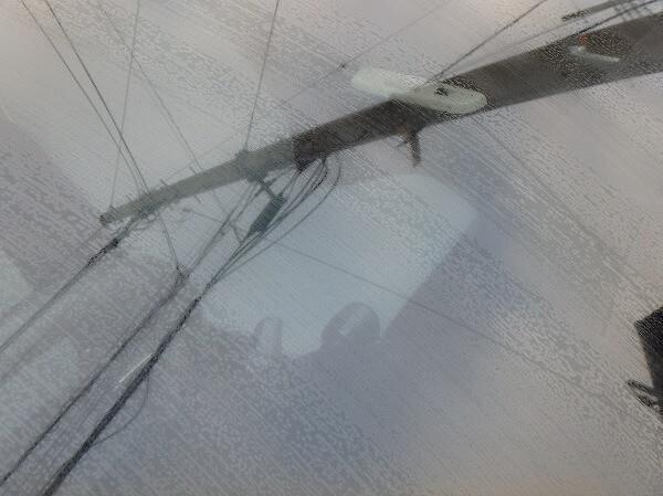 小麦粉 窓を拭く