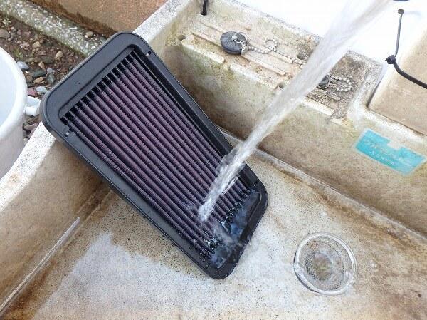 エアフィルター 洗浄 水洗い