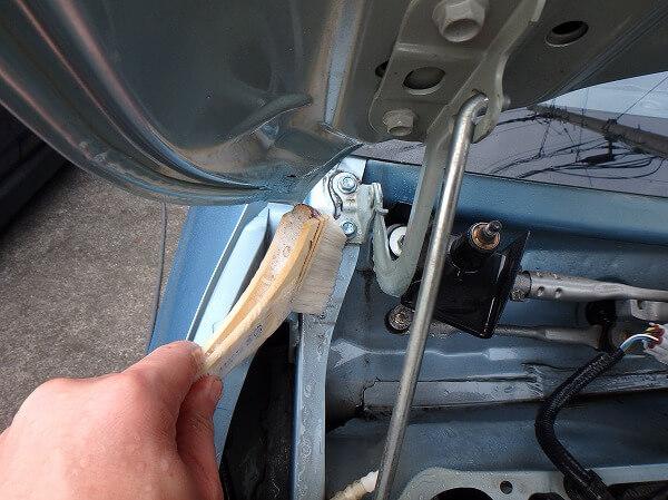 エンジンルーム 汚れ ブラシ