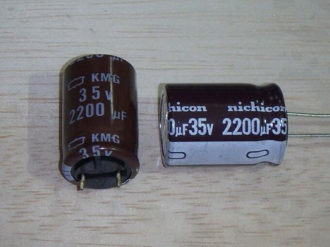 AQV-100-N 2200μF コンデンサ